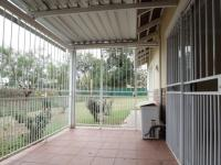 Patio - 19 square meters of property in Ninapark