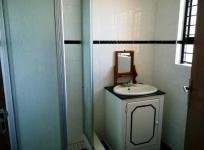 Bathroom 2 of property in Mossel Bay