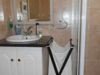 Bathroom 1 - 8 square meters of property in Rooihuiskraal North