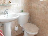 Guest Toilet - 2 square meters of property in Centurion Central (Verwoerdburg Stad)