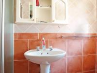 Main Bathroom - 3 square meters of property in Equestria