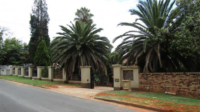 Standard Bank Repossessed 5 Bedroom House for Sale on online auction in Noordheuwel - MR135892