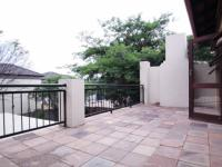 Balcony - 17 square meters of property in Willow Acres Estate