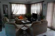 Lounges - 11 square meters of property in Gordons Bay