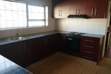 Kitchen - 27 square meters of property in Brackenfell