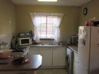 Kitchen - 7 square meters of property in Helikon Park