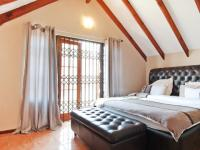 Main Bedroom - 16 square meters of property in Equestria