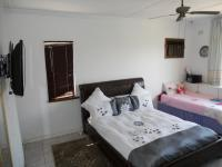 Main Bedroom - 22 square meters of property in Glenmore