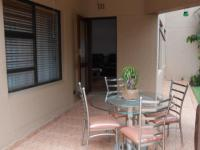 Patio - 9 square meters of property in Benoni