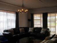 Lounges - 32 square meters of property in Henley-on-Klip