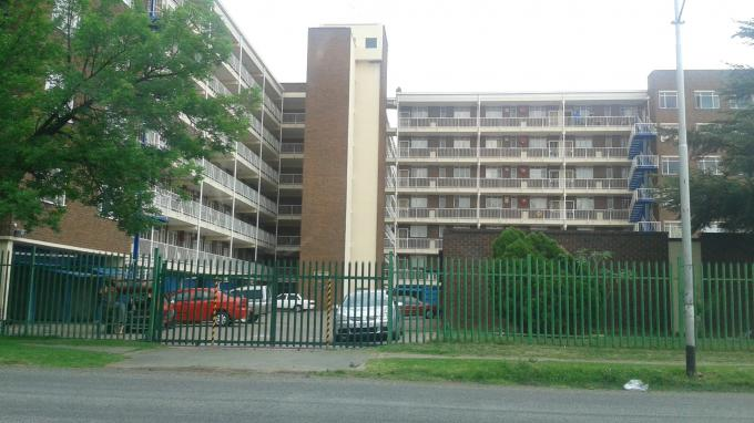 2 Bedroom Apartment for Sale For Sale in Vereeniging - Home Sell - MR136058
