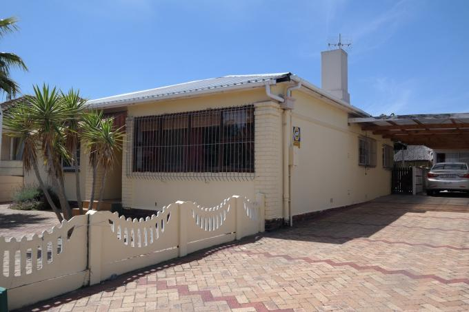 3 Bedroom House For Sale in Goodwood - Home Sell - MR136059