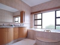 Main Bathroom - 18 square meters of property in Silver Lakes Golf Estate