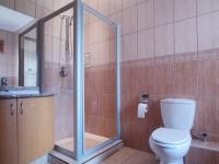 Bathroom 3+ - 8 square meters of property in Silver Lakes Golf Estate