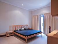 Bed Room 5+ - 27 square meters of property in Silver Lakes Golf Estate