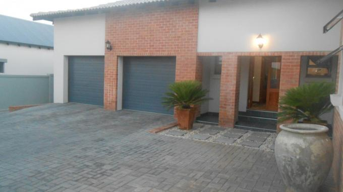 3 Bedroom House For Sale in Midlands Estate - Home Sell - MR136139