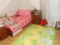 Bed Room 1 - 14 square meters of property in Midlands Estate