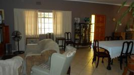 Lounges - 29 square meters of property in Delmas