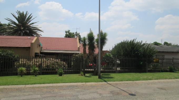 3 Bedroom House For Sale in Sasolburg - Home Sell - MR136267
