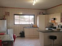 Kitchen - 18 square meters of property in Riversdale