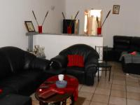 Lounges - 14 square meters of property in Dinwiddie