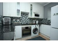 Kitchen - 6 square meters of property in Broadacres