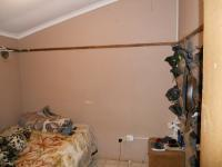 Bed Room 2 - 8 square meters of property in Lamontville