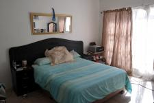 Main Bedroom - 21 square meters of property in Brantwood
