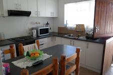 Kitchen - 14 square meters of property in Brantwood