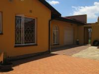 Spaces - 17 square meters of property in Lenasia South
