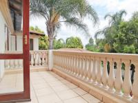 Balcony - 10 square meters of property in Silver Lakes Golf Estate