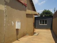 Spaces - 10 square meters of property in Eldorado Park A/H