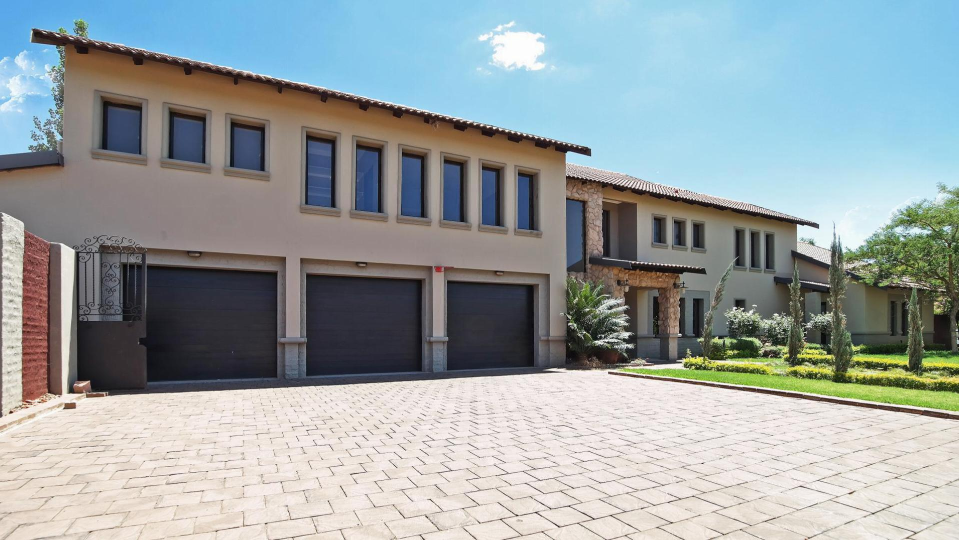 Front View of property in Silver Stream Estate