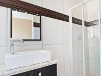 Bathroom 2 - 4 square meters of property in Silver Stream Estate