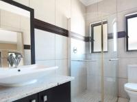 Bathroom 3+ - 23 square meters of property in Silver Stream Estate