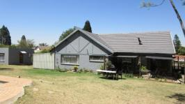 3 Bedroom 2 Bathroom House for Sale for sale in Ferndale - JHB