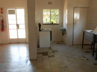 Kitchen - 96 square meters of property in Witfield