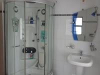 Bathroom 1 - 12 square meters of property in Florida Hills
