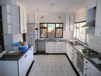 Kitchen - 16 square meters of property in Port Shepstone