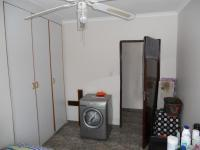 Bed Room 1 - 24 square meters of property in Birdswood