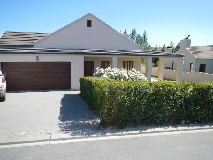3 Bedroom House for Sale For Sale in Paarl - Home Sell - MR136679