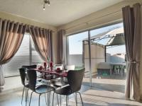 Dining Room - 16 square meters of property in The Meadows Estate