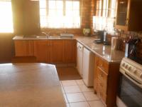 Kitchen - 29 square meters of property in Boschkop