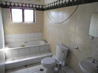Bathroom 3+ - 18 square meters of property in Bellair - DBN