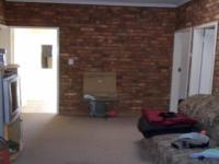 Lounges - 19 square meters of property in Mnandi AH
