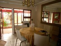 Dining Room of property in Beacon Bay