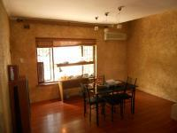 Dining Room - 17 square meters of property in Escombe