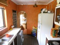 Kitchen - 13 square meters of property in Escombe