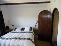 Main Bedroom - 19 square meters of property in Escombe