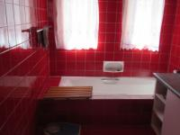 Main Bathroom - 10 square meters of property in President Park A.H.